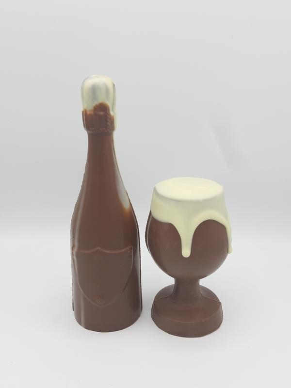 Fles met bierglas